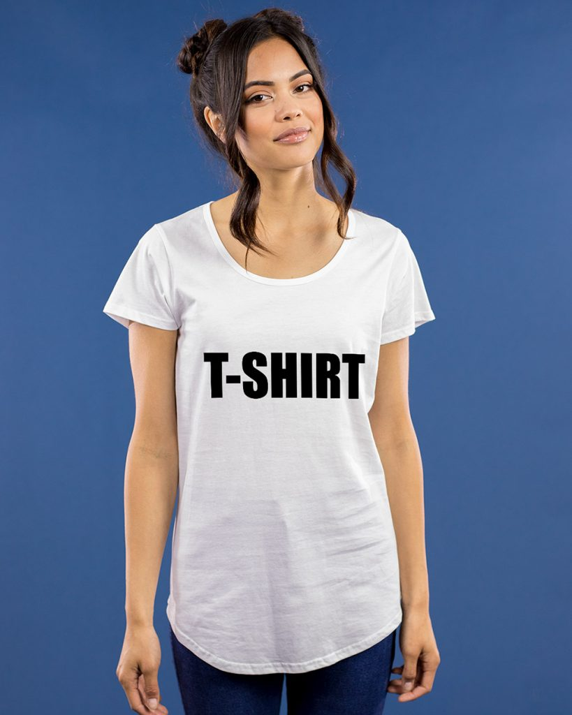 T-shirt with T-shirt print fitted on a gorgeous young women.